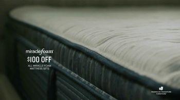 American Signature Furniture Spring Coupon Sale TV Spot, 'Miracle Foam Sets' - Thumbnail 5