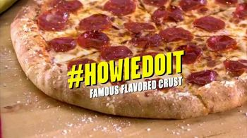 Hungry Howie's Pi Day Deal TV Spot, 'How We Do It' Song by Montell Jordan - Thumbnail 6
