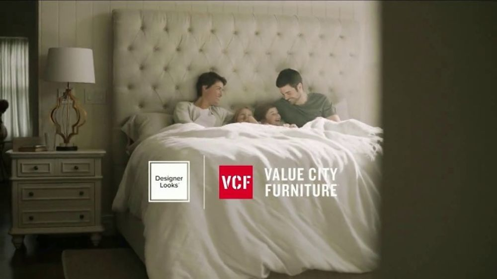 Value City Furniture Spring Coupon Sale TV Commercial, '$100 Off Miracle Foam Mattress Sets'