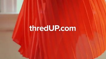 thredUP TV Spot, 'New Looks With Like-New Clothes: 20 Percent Off' Song by Dante Elephante - Thumbnail 10