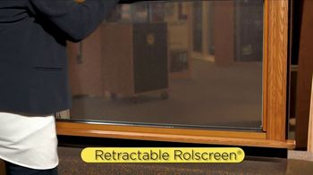 Pella Integrated Rolscreen TV Spot, 'Home and Garden Show Booth' - Thumbnail 6