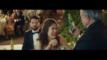 Dos Equis TV Spot, 'Brindis' [Spanish] - Thumbnail 9