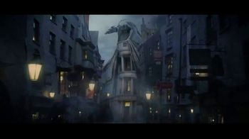 The Wizarding World of Harry Potter TV Spot, 'Nueva atracción: Hagrid's Motorbike Adventure' [Spanish] - Thumbnail 1