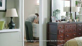 Gain Flings! TV Spot, 'La toalla del perro' [Spanish] - Thumbnail 1