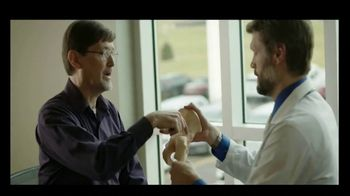 Sanford Health Orthopedics TV Spot, 'Health Lives Here: Powerful and Playful' - Thumbnail 7