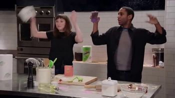 Bounty TV Spot, 'Food Network: Chopped Cleanup Challenge' - Thumbnail 6
