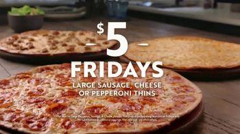 Papa Murphy's Pizza $5 Fridays TV Spot, 'Coaches: Sausage, Cheese & Pepperoni Thins' - Thumbnail 5