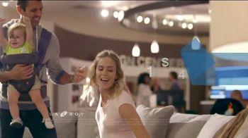 La-Z-Boy Year End Sale TV Spot, 'From Cozy to Spacious' - Thumbnail 5
