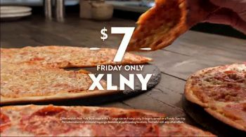 Papa Murphy's XLNY Pizza TV Spot, 'Ginormous: $7 Fridays' - Thumbnail 7