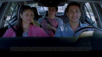 Los Defensores TV Spot, 'Choque con un camión de carga' con Jorge Jarrín [Spanish]
