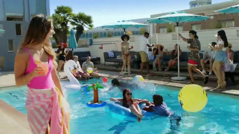 San Diego Tourism Authority TV Commercial, 'Happy Today'