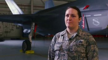 Air Force Reserve TV Spot, 'Proud to Serve' - Thumbnail 10