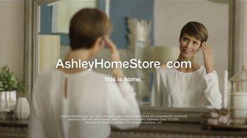 Ashley HomeStore New Year's Mattress Sale TV Spot, 'Final Week' - Thumbnail 8