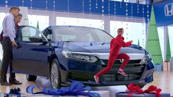 Happy Honda Days Sales Event TV Spot, '2018 Holidays: Six Million Dollar Man' [T2] - Thumbnail 5