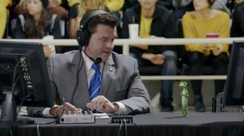 GEICO TV Spot, 'The Gecko Cheers During His First NCCA Basketball Game' - Thumbnail 2