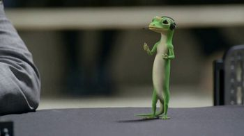 GEICO TV Spot, 'The Gecko Cheers During His First NCCA Basketball Game' - Thumbnail 4
