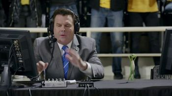 GEICO TV Spot, 'The Gecko Cheers During His First NCCA Basketball Game' - Thumbnail 7
