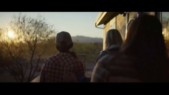 Mayo Clinic TV Spot, 'Lucky Hat: You Know Where to Go' - Thumbnail 5