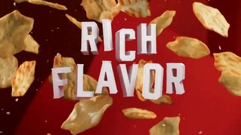 Ritz Crackers Crisp & Thins TV Spot, 'Make Gameday Rich' - Thumbnail 4