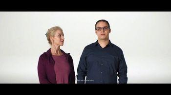 Verizon TV Spot, 'Austin and Jeulia: Apple Music & Samsung Galaxy' - Thumbnail 4