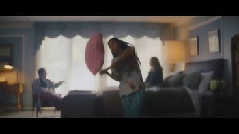 Booking.com TV Spot, 'Be a Booker' - Thumbnail 8
