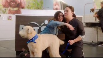 PetSmart TV Spot, 'The Escape Artist' - Thumbnail 8