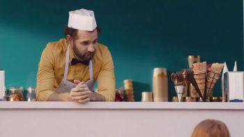Halo Top TV Spot, 'Love' Featuring Nick Viall - Thumbnail 9
