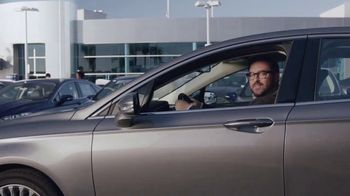 TrueCar TV Spot, 'The TrueCar Curve' - Thumbnail 5