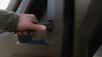 Cub Cadet Challenger Series TV Spot, 'Redefine Utility' - Thumbnail 4