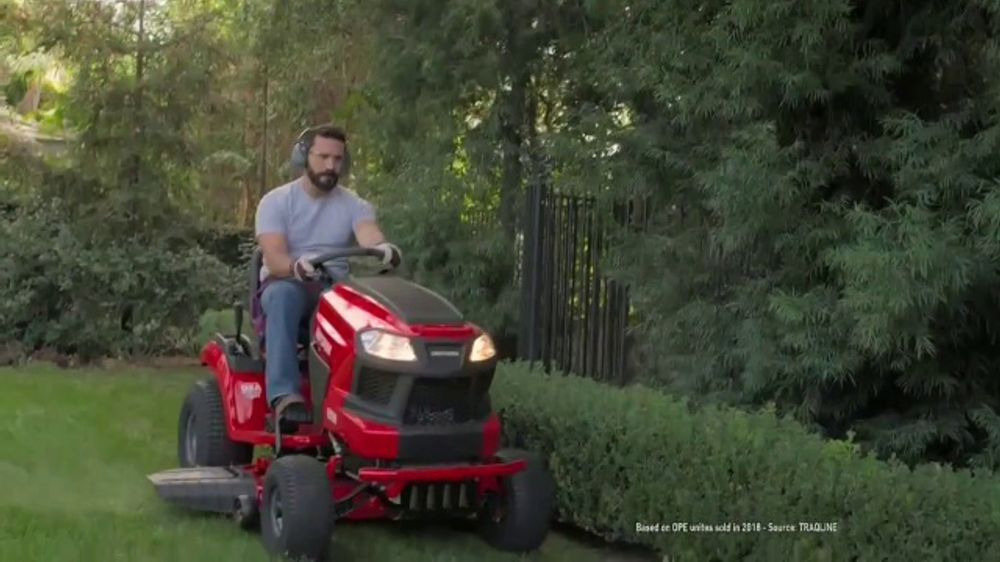 Lowe's TV Commercial, 'Show Your Yard Who's Boss: Pressure Washer' - Video