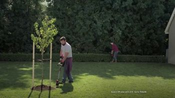 Lowe's TV Spot, 'Show Your Yard Who's Boss: Pressure Washer' - Thumbnail 6