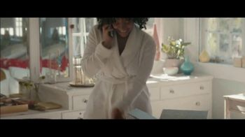 Stitch Fix TV Spot, 'Molly's Girls Night Out' - Thumbnail 3