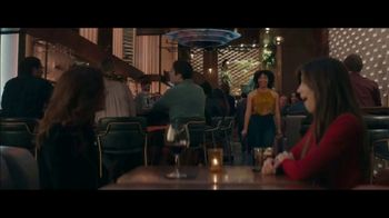 Stitch Fix TV Spot, 'Molly's Girls Night Out' - Thumbnail 7