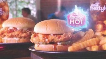 Zaxby's Zaxville Hot Filet Sandwich TV Spot, 'Shazam!: Taste of Nashville' - Thumbnail 7