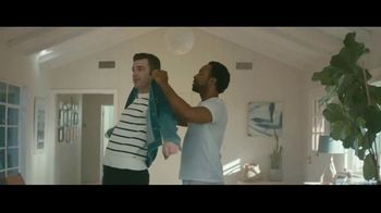 Stitch Fix TV Spot, 'Mateo and Kevin' - Thumbnail 6