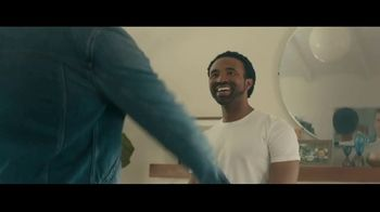 Stitch Fix TV Spot, 'Mateo and Kevin' - Thumbnail 7