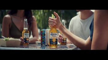 Corona Extra TV Spot, \'Connected\' Song by Geowolf