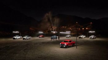 Chevrolet Silverado TV Spot, 'Bajo el reflector' [Spanish] [T1]