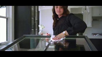 Pella TV Spot, 'Integrated Roll Screen: Installation or Financing' - Thumbnail 2