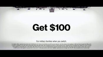 Verizon Military Offer TV Spot, 'Why Elaine Chose Verizon: BOGO' - Thumbnail 10