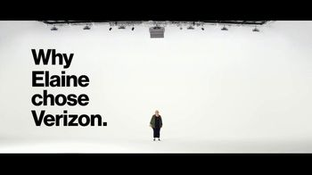 Verizon Military Offer TV Spot, 'Why Elaine Chose Verizon: BOGO' - Thumbnail 3