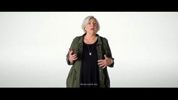 Verizon Military Offer TV Spot, 'Why Elaine Chose Verizon: BOGO' - Thumbnail 4