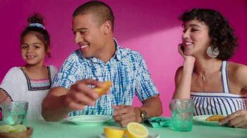 Target TV Spot, 'Me luciré' canción de Carlos Vives [Spanish]