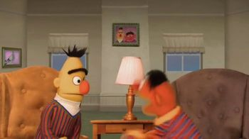 Common Sense Media TV Spot, 'Sesame Street Friends Enjoy Device Free Dinner' - Thumbnail 5