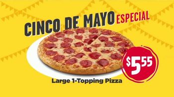 Hungry Howie's Cinco De Mayo Special TV Spot, 'Large One-Topping Pizza' Song by Montell Jordan - Thumbnail 6