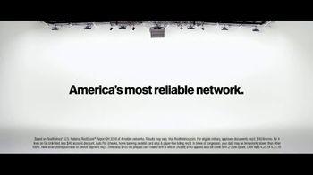 Verizon Military Offer TV Spot, 'Why Elaine Chose Verizon' - Thumbnail 5