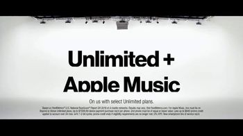 Verizon TV Spot, 'Why Kerry Chose Verizon: Apple Music & BOGO' - Thumbnail 9
