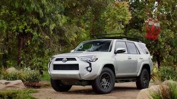 Toyota Summer Starts Here TV Spot, 'Summer's Here' [T1] - Thumbnail 6