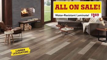 Lumber Liquidators Waterproof Flooring Sale TV Spot, 'Waterproof Flooring Deals' - Thumbnail 7