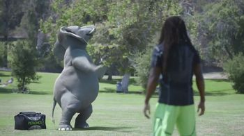 Wonderful Pistachios TV Spot, 'Richard Sherman vs. Ernie' - Thumbnail 2